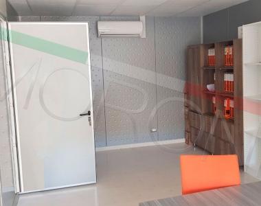 Oficina modular en 2 niveles
